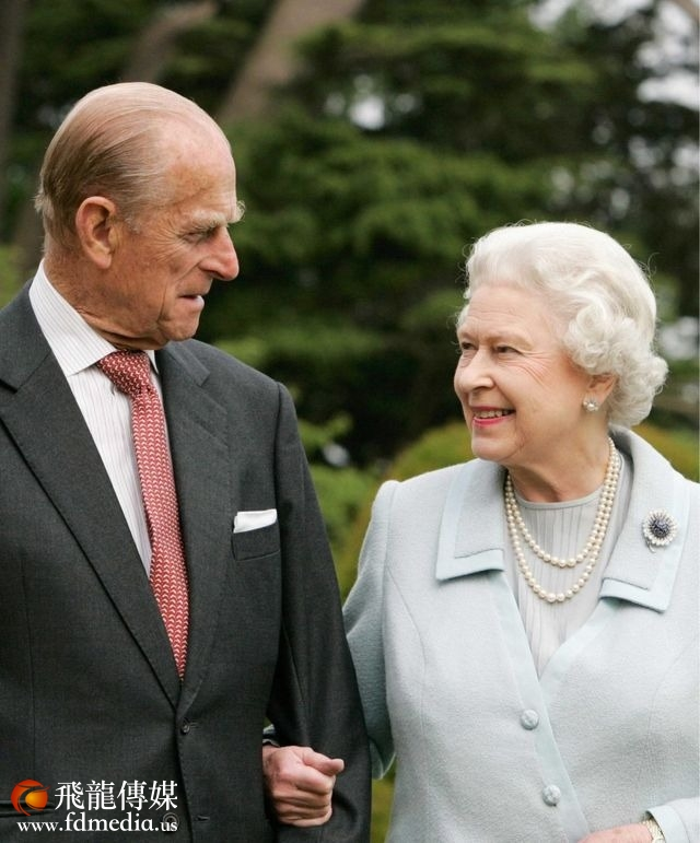 英国女王伊丽莎白二世与爱丁堡公爵2007年