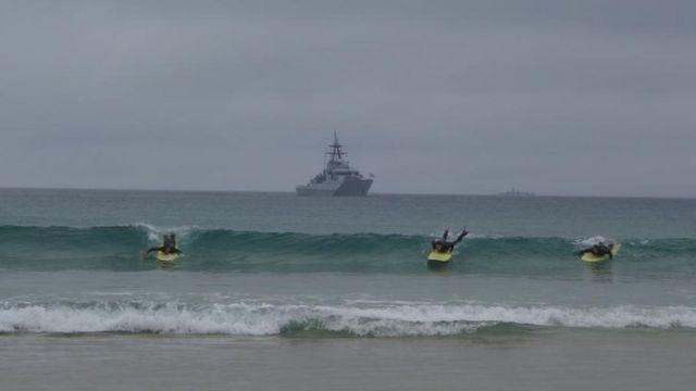 战舰和冲浪者