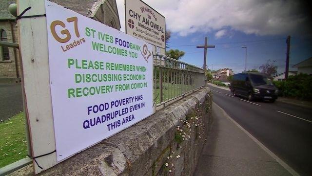 圣艾夫斯食品救济站外贴出的宣传告示